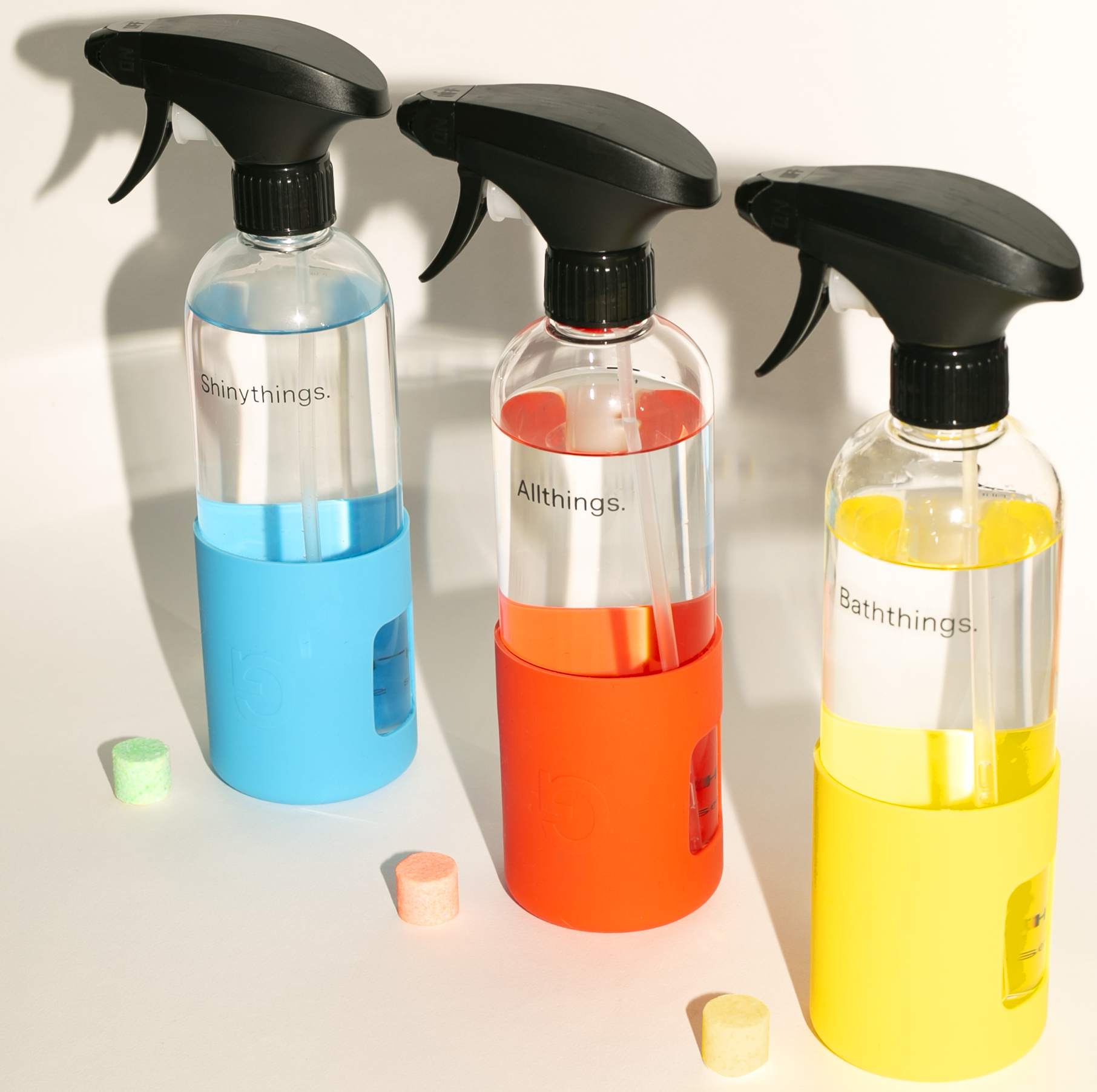 Bottles and cleaning tabs